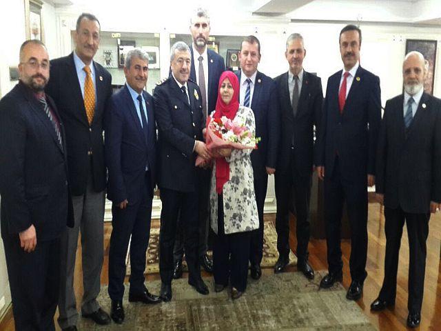 İstanbul Muhtarları Dayanışma Derneğin'den Mustafa Çalışkan'a anlamlı ziyaret