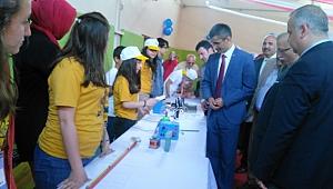 Bülent Ecevit Ortaokulu Tübitak bilim fuarı açıldı