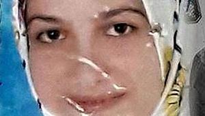 Cani Koca Çocuklarını Bakkala Gönderip Eşini Bıçaklayarak Öldürdü!