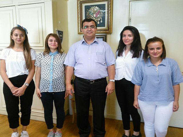 Eski Öğrencilerinden Yusuf Kahraman'a Anlamlı Ziyaret