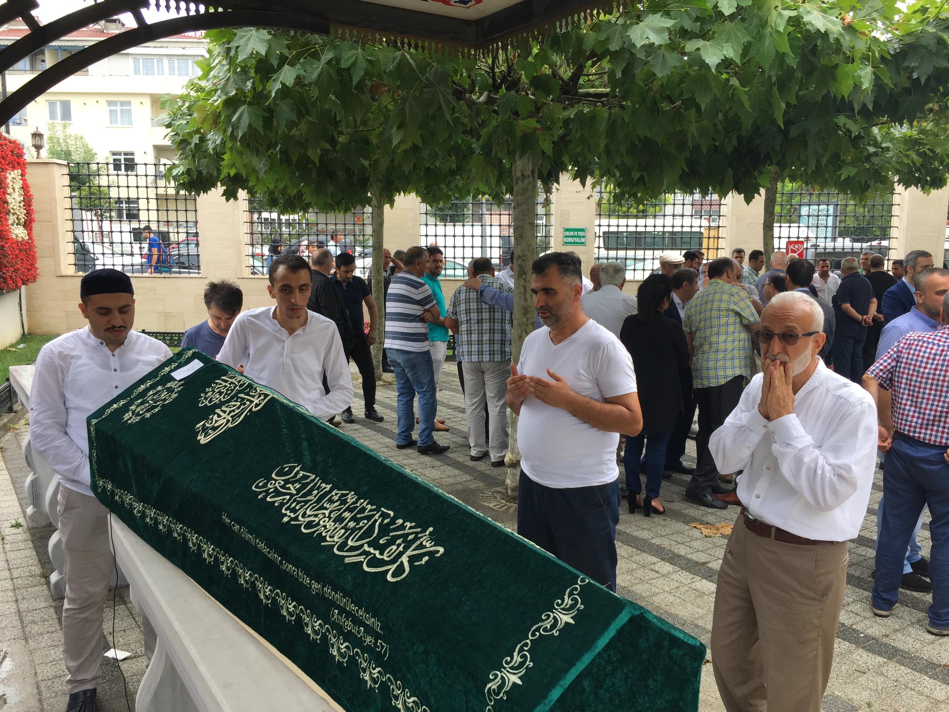 Mustafa Yalçınkaya Dualarla Son Yolculuğuna Uğurlandı