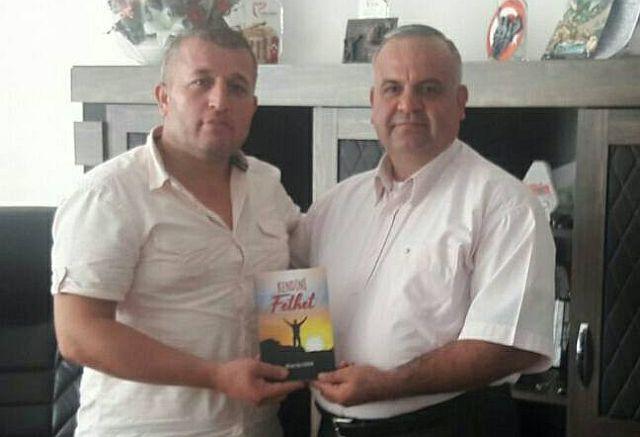 Sami Öz Yeni Kitabı Çıkan Mehmet Nuri Kaynar'a Tebrik Ziyaretinde Bulundu