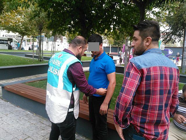 Güngören Park Timi Uyuşturucuya Geçit Vermiyor