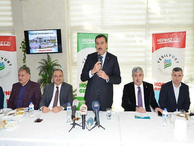 Başkan Polat, Bakan Tüfenkci'ye 'Yeşilyurt Kültür Sarayı' Projesini Anlattı