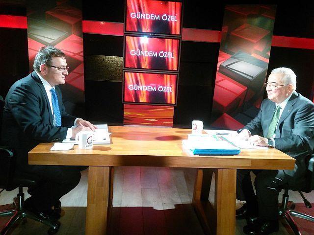 Faik Yılmaz Kanal T canlı yayında Genel Kurulda hodri meydan dedi.