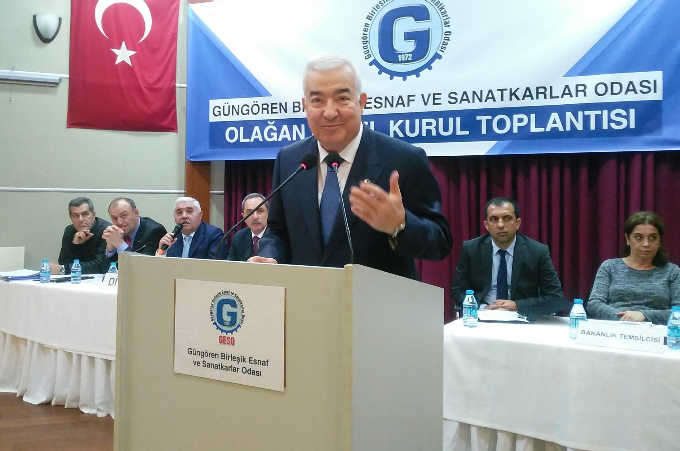 Güngören Esnafı yılmadı, 40 yıllık başkanı Faik Yılmaz'dan vazgeçmedi.