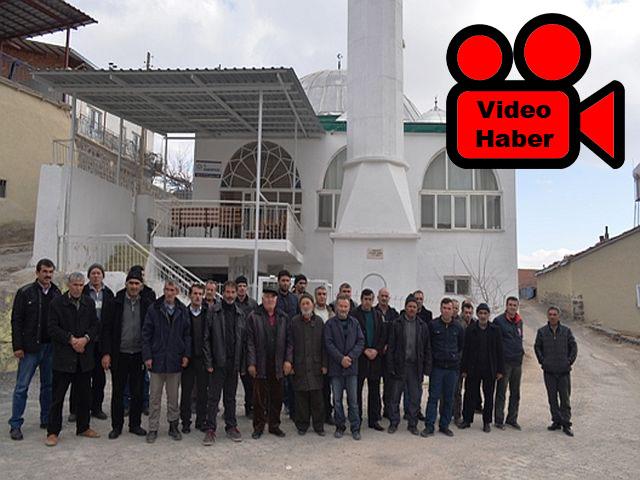 Malatya'nın Akçadağ İlçesi'ne bağlı Kozluca Mahallesi sakinleri imam istiyor.