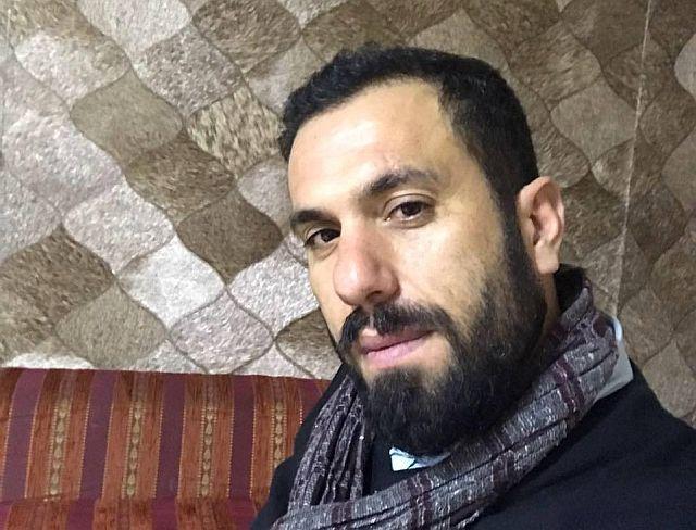 Öğretmen Mehmet Şahin Halısahada Kalbine Yenik Düştü!