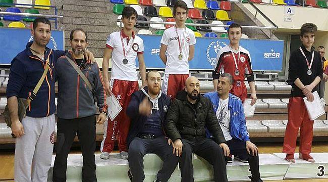Cemal Daştan'ın Öğrencileri, Şampiyonaya Damgasını Vurdu