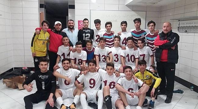İstanbul Güngörenspor U16 Nağmağlup finalde rakibini bekliyor