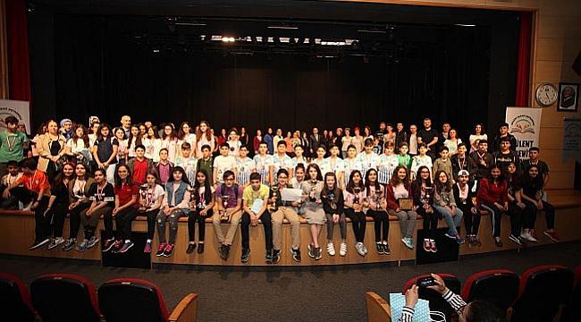 Bülent Ecevit Ortaokulu Öğrencileri Bilimde Ödüllerini Aldı