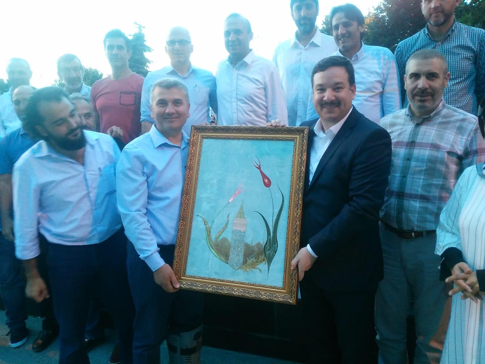 Dr. Mustafa Canbey, Öncü Gençlik Spor ile helalleşti