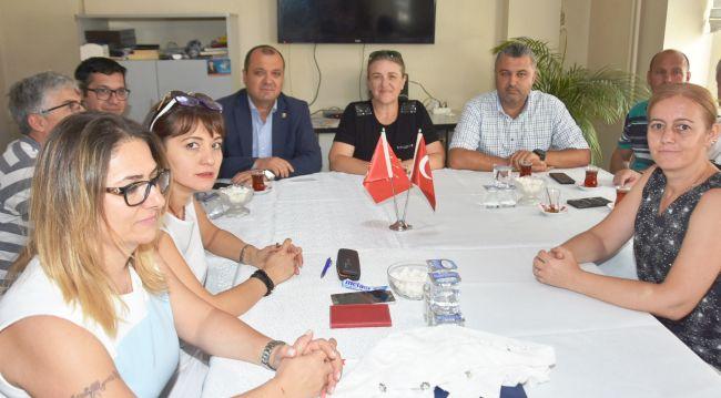 Başkan Ulaş Yurdakul, Milletvekili İlhami Özcan Aygun'u Karşıladı