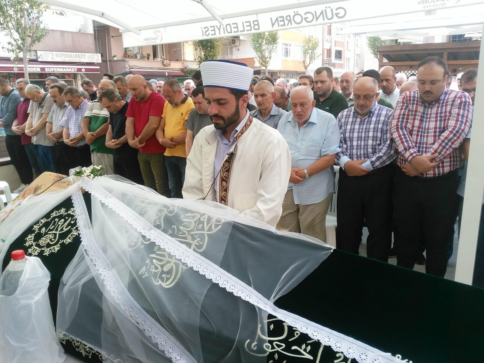 Zuhal Arslan 43 yıllık ömrü geride bırakarak hayata veda etti