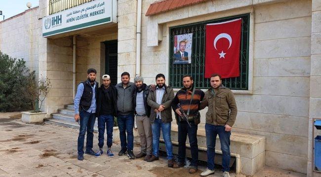 Afrin'e Türk Bayrağı ve Erdoğan Posteri