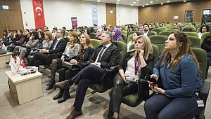 Fizik Tedavi Uzmanları Adana'da bir araya geldi