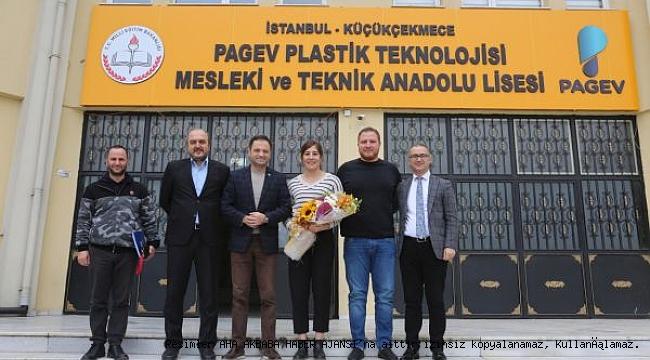Milli Güreşçi Yasemin Adar 'Türk Medyası Bize de Yer Versin'