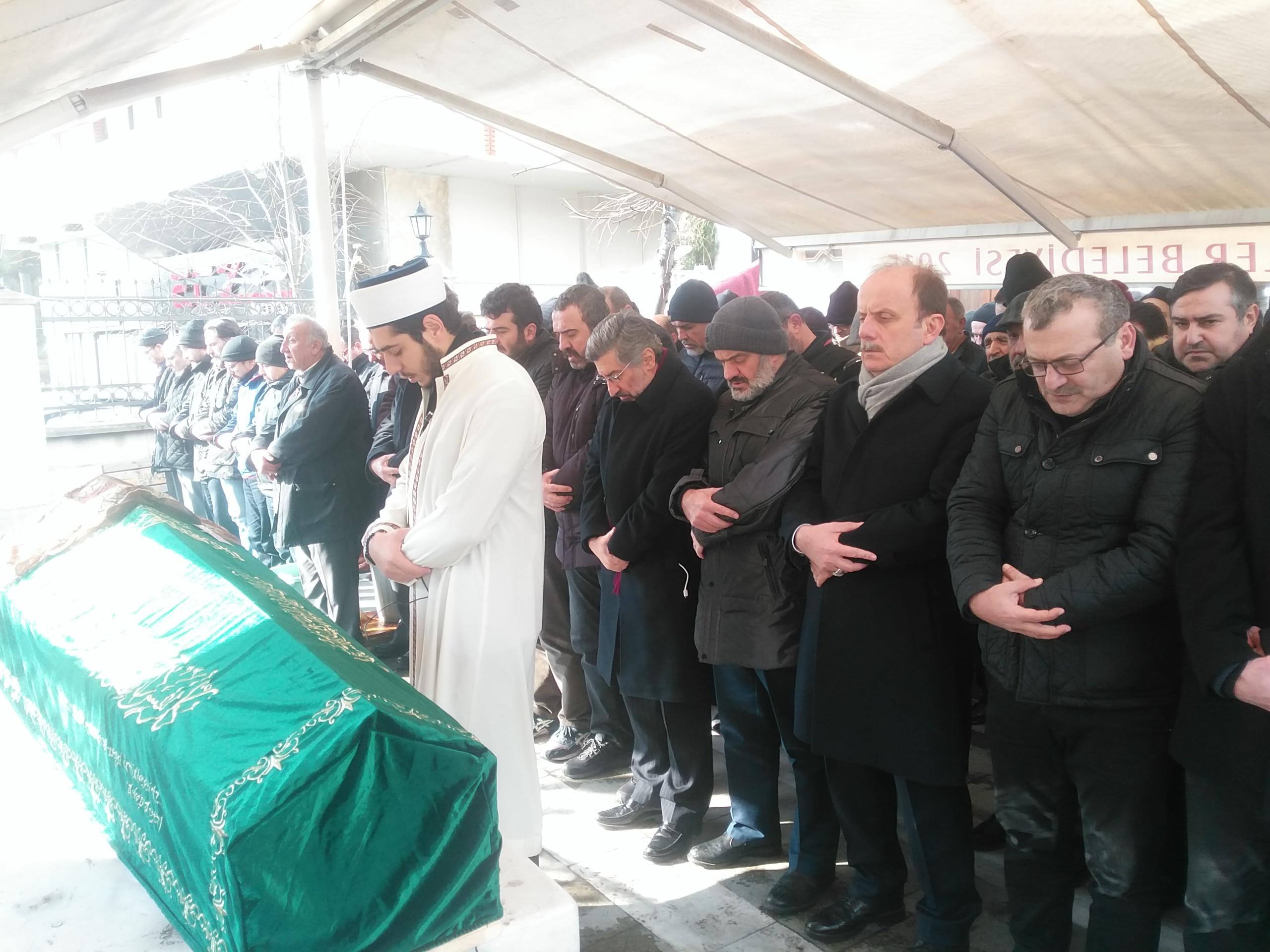 Mehmet Baykan, anneannesi Hasibe Erdem'i dualarla ebediyete uğurladı