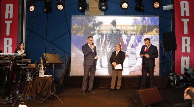 Kayseri'ye Yılın Mutlu Şehri Ödülü