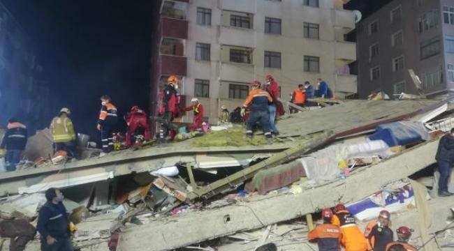 Kartal'da Çöken Binanın Enkazında