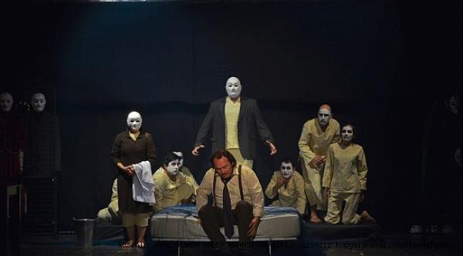 Maltepe Belediye Tiyatrosu Ukrayna Yolunda