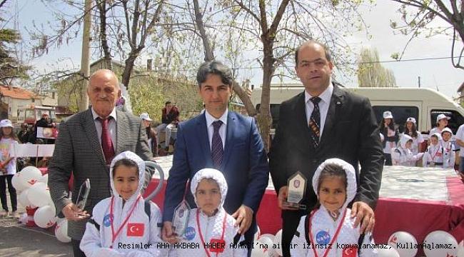 Seydişehir'de TÜBİTAK 4006 bilim fuarı açıldı