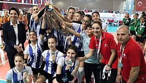 Voleybol Midiler Türkiye Şampiyonası'nın kazananları