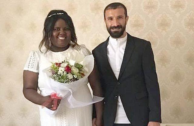 İsöslü Ampute Futbolcu Hasret, Amerika'dan gelin getirdi