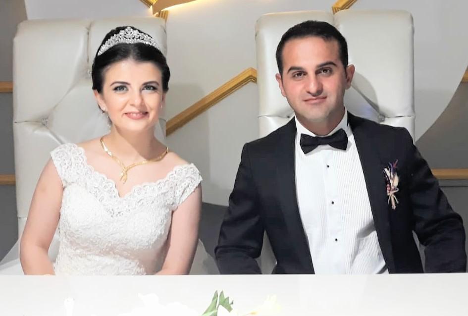 Esra Dervişoğlu hayatını Halil İbrahim Yıldız ile birleştirerek Dünya evine girdiler
