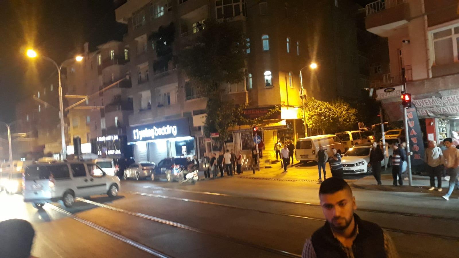 Güngören'de silahlar saldırı, 2 yaralı, 1 kişi hayatını kaybetti
