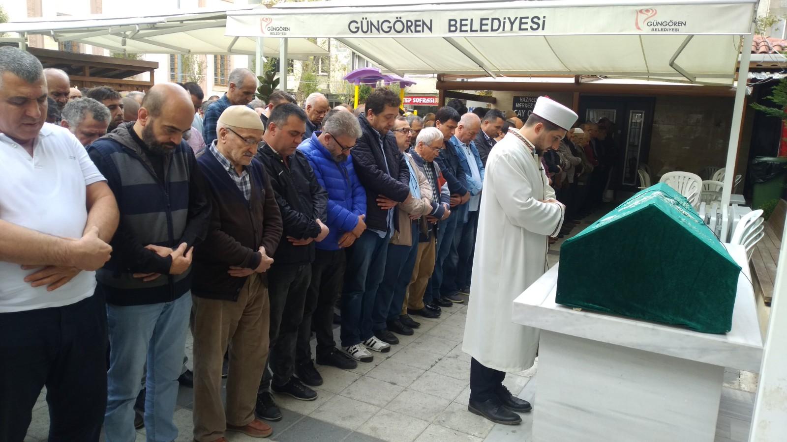 Haznedar'ın abisi Mustafa İri hayata veda etti