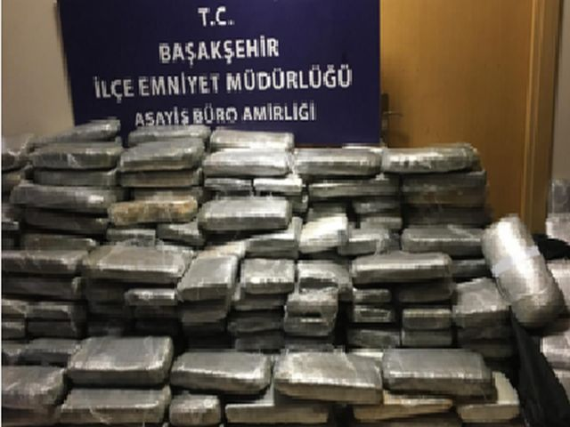 İstanbul emniyeti zehir tacirine tokat gibi operasyon yaptı