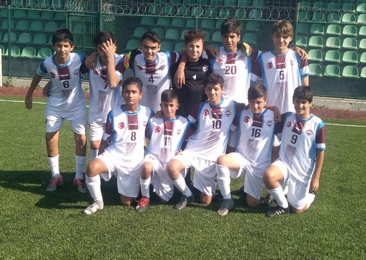 İstanbul Güngörenspor U14' te şampiyonluğa göz dikti