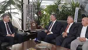 Özhaseki ve Büyükkılıç Emniyet Müdürü Kamil Karabörk'ü  tebrik ettiler