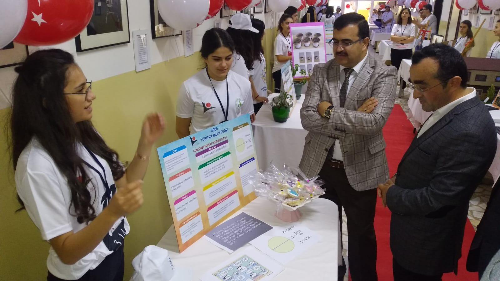 Tuncay Azaphan'ın Tübitak  4006 bilim projeleri gururlandırdı