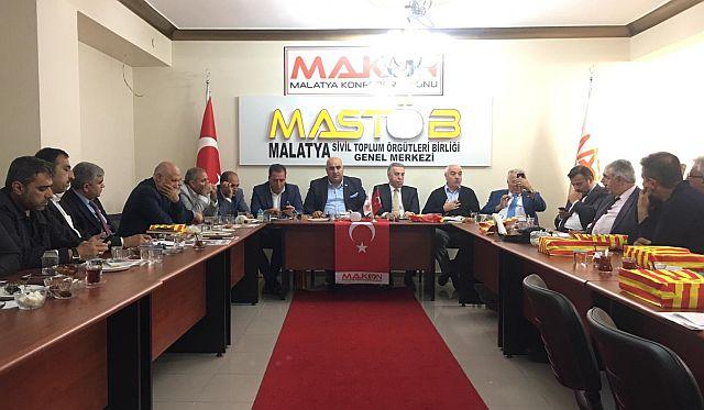 Doğu ve Güneydoğu  Aslanları Makon'da  birlik beraberlik için düğmeye bastılar