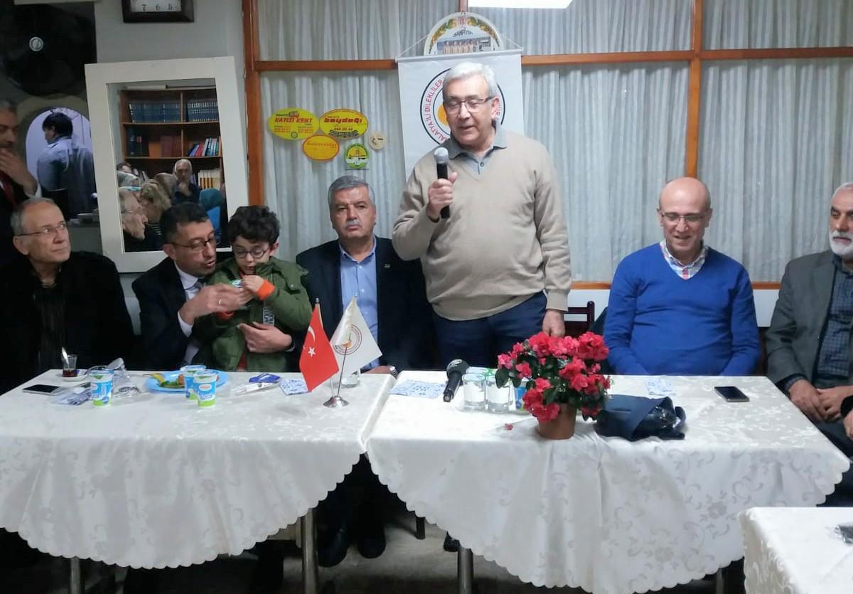 Malatya Dilekler Derneği Prof. Dr. İhsan Kara'nın uyarılarıyla sağlıksız yaşamı sorguladı