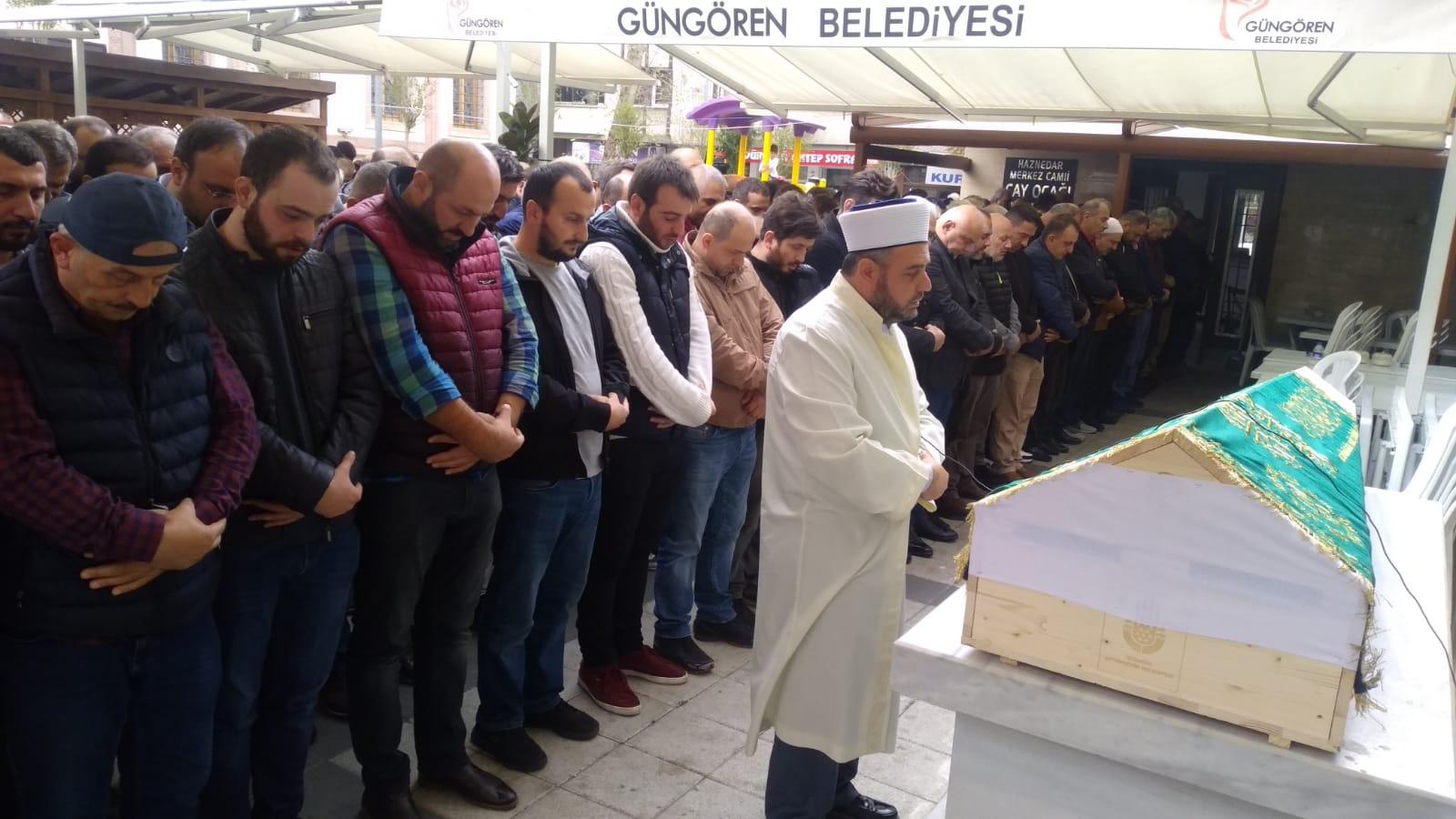 Mehmet Ayaz sevenlerini gözü yaşlı geride bırakarak hakka yürüdü