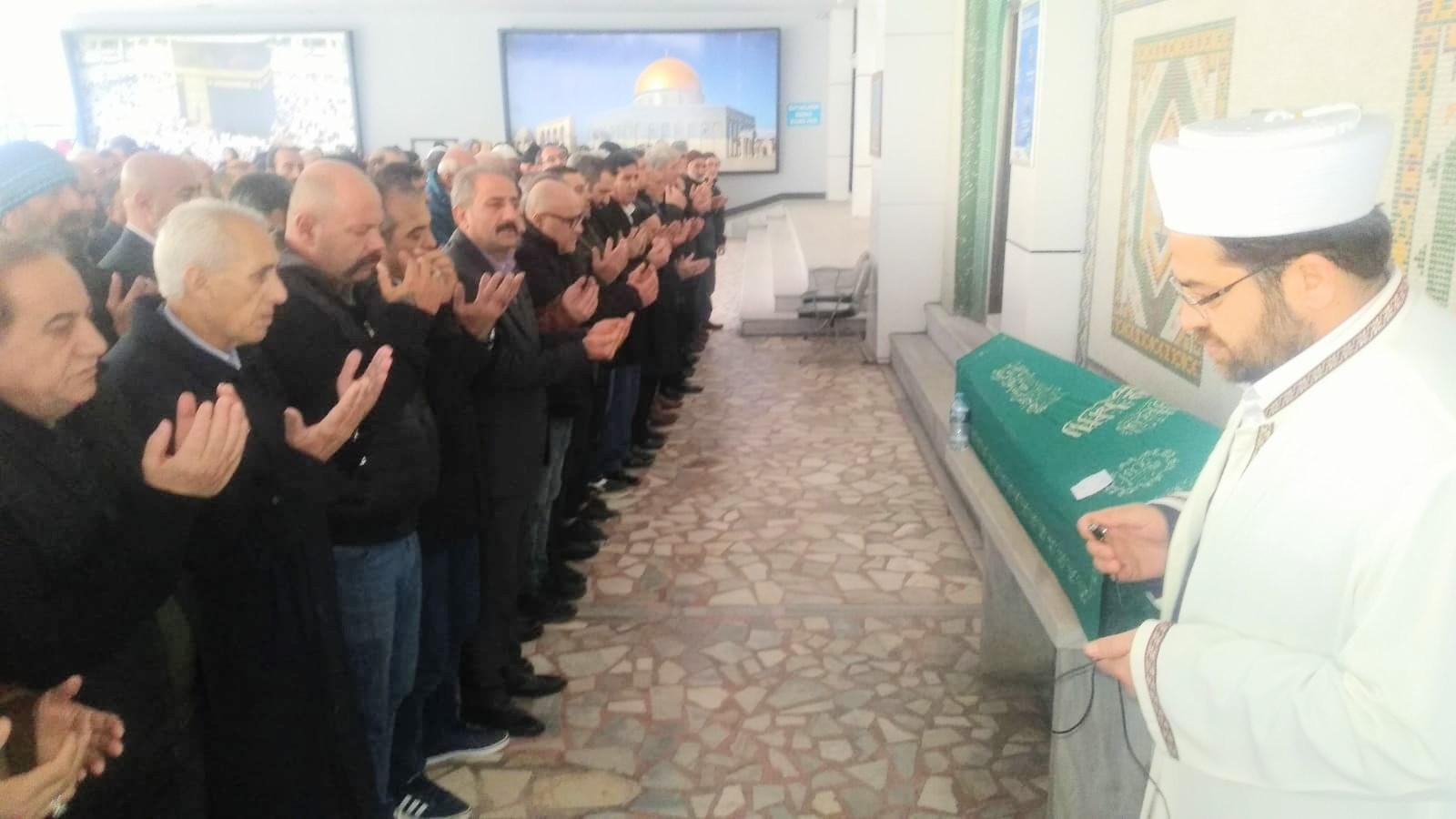 Amansız hastalık Mehmet Tokluk'u sevdiklerinden ayırdı