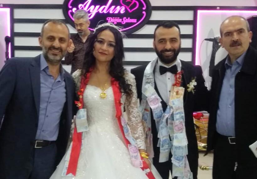 Ada ve Hakan Umar çiftinin mutluluğu muhteşem düğün töreniyle taçlandı