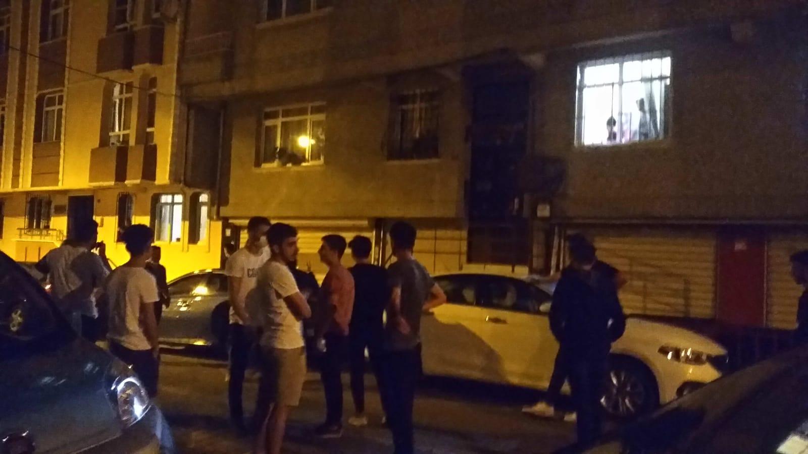 Komşular kavga etti,Güngören'de gençlerin sağduyusu felaketi önledi