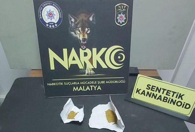 Malatya narkotik ekipleri Uyuşturucu satıcılarını ininde avladı, 7 gözaltı