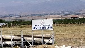 Nazife Özdemir ; Akçadağ Futbol Sahası Mera alanına mı terk edildi?