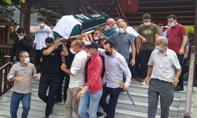 Sultan Keklik dua ve tekbir sesleriyle  omuzlarda ebedi yolculuğuna uğurlandı
