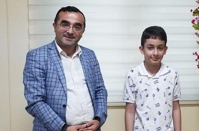 Güngören LGS'de Türkiye Birincisi oldu, Altın Çocuk Eren Seğmen