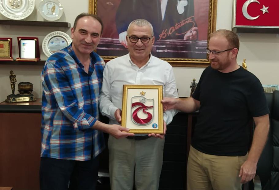 Trabzonlular hemşerileri Hasan Akkuş'u yeni görevinde yanlız bırakmadı