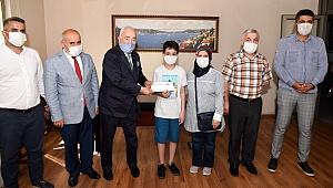 İstesob Başkanı Faik Yılmaz'dan, LGS şampiyonu Eren Seğmen'e 4 yıl burs mujdesi