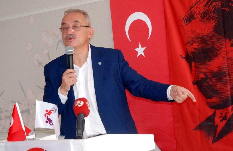 """Prof. Dr. İsmail Tatlıoğlu, """"Biz her şeye itiraz eden, 'Hayır' diyen bir siyasi parti değiliz"""