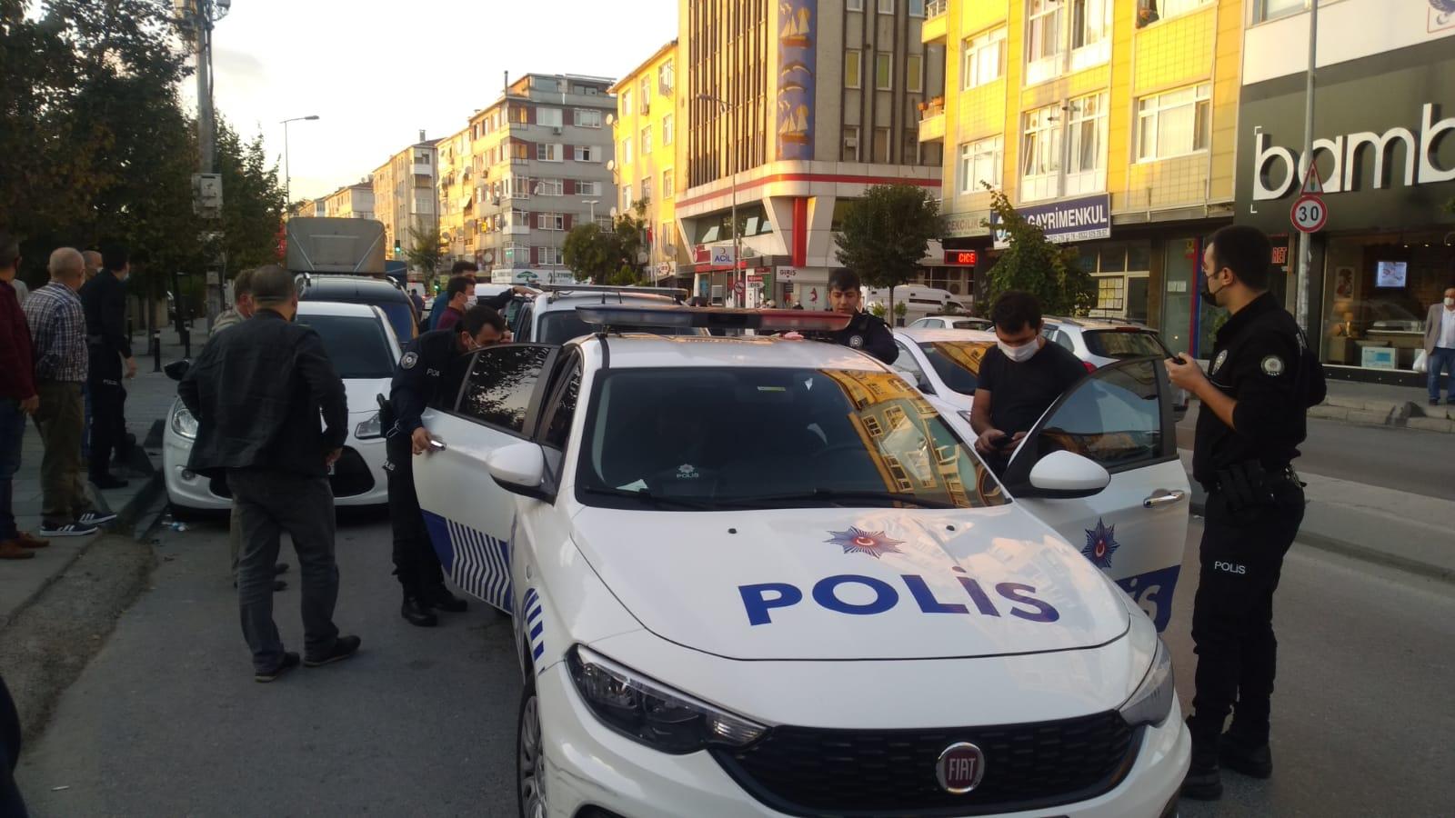 Kuyumcuyu yaralayıp, silahını çaldılar, kaçarken vatandaşların gazabından kurtulamadılar
