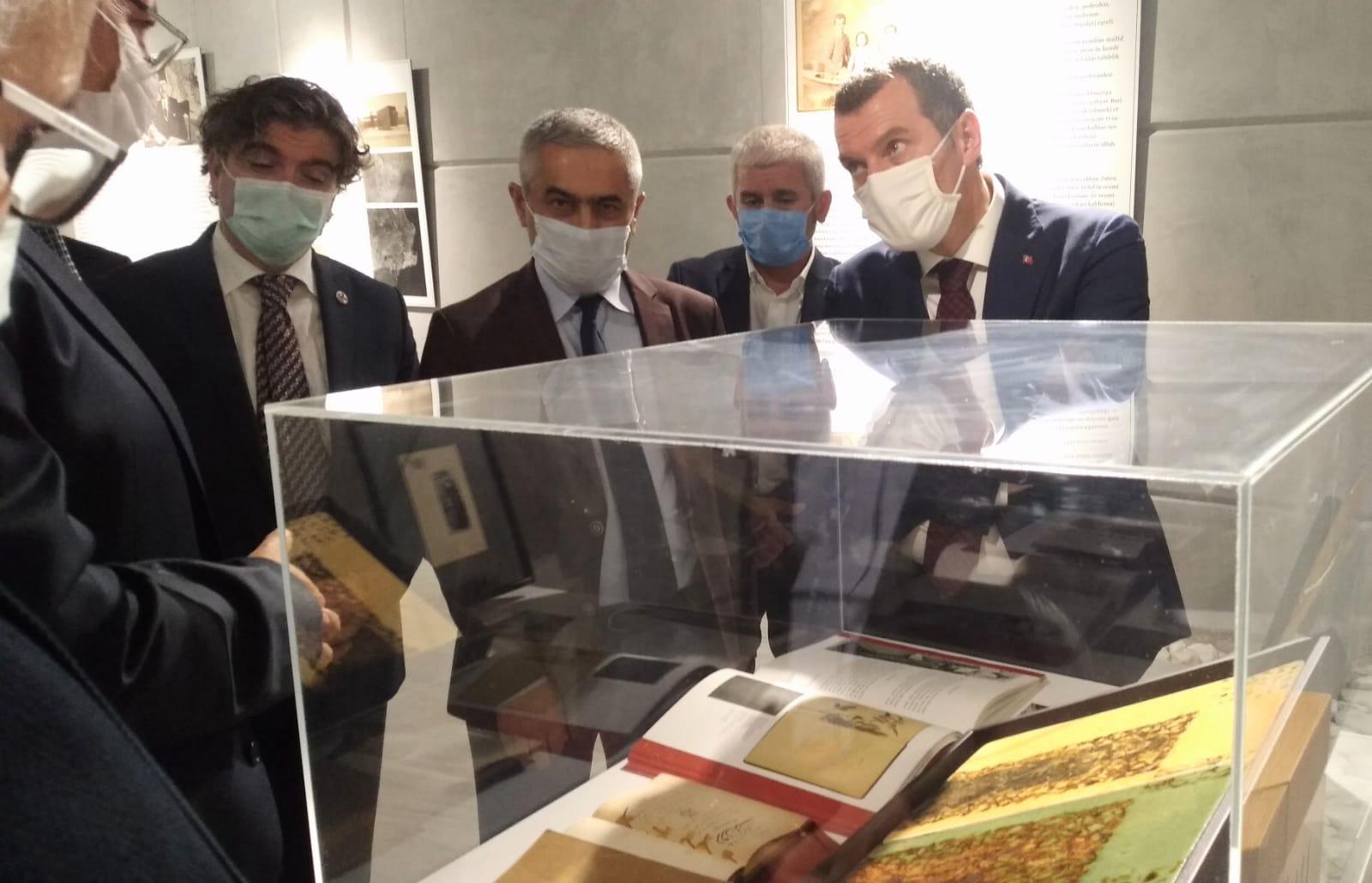 Türk Kültür Sanat Tarihine Damgasını Vuran Ebüzziya Ailesinin Sergisi Açıldı